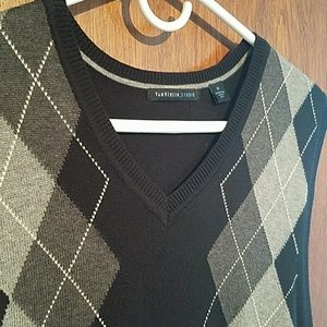 Van Heusen studio sweater vest